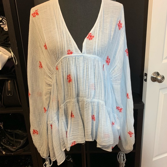 Zara Tops - ZARA BoHo Embroidered Blouse - Large